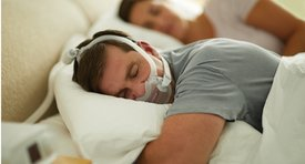 Philips Respironics DreamWear Full face in use